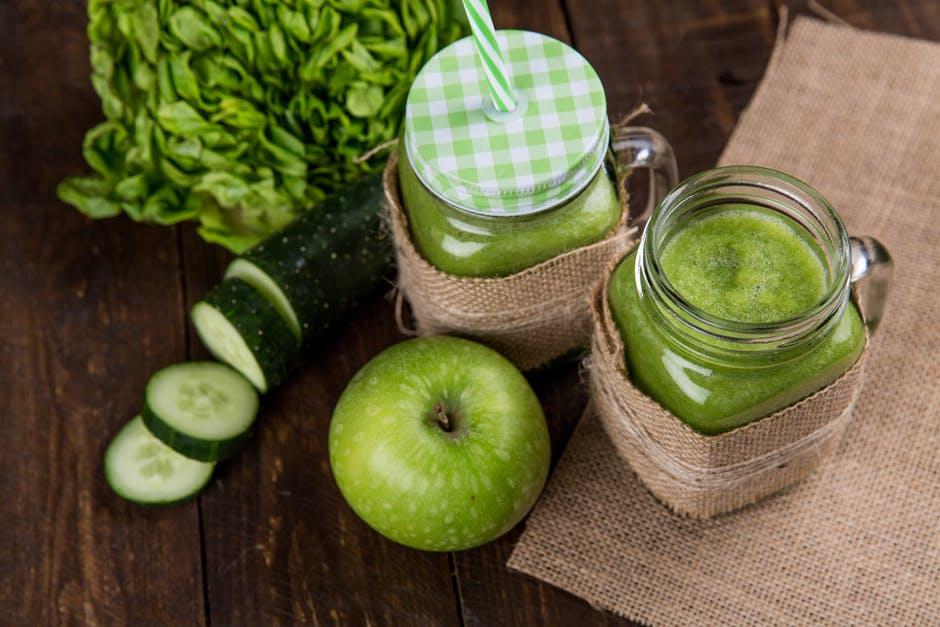 https://www.pexels.com/photo/apple-close-up-cucumber-delicious-616833/