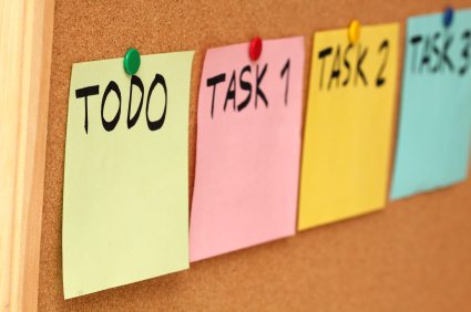 to-do list three tasks on post it notes