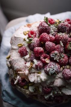 sprinkle raspberry pie