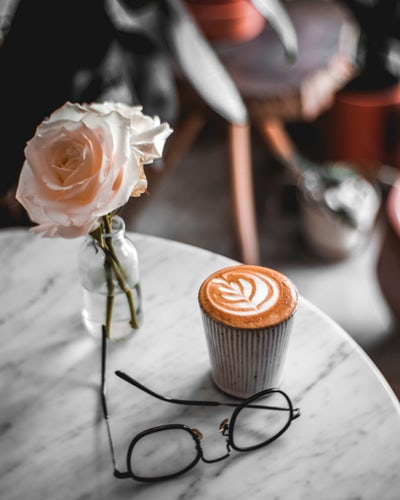 latte spectacles rose