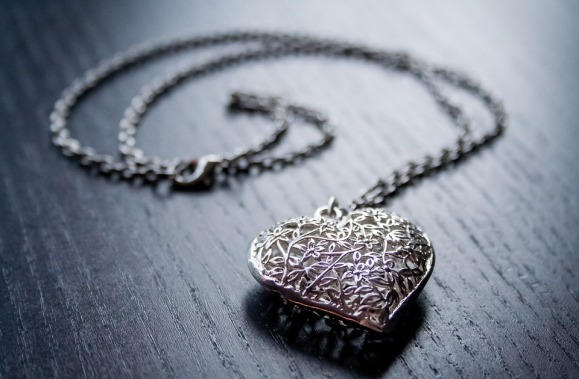 5 reasons to avoid the hype of valentine's day heart pendant