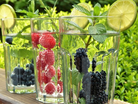 water berries straws glasses garden