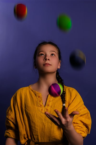 juggling lady