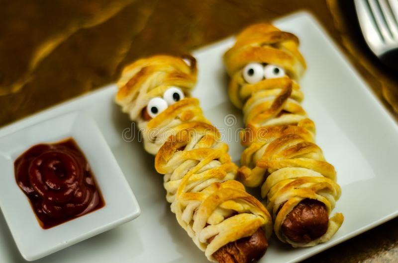 sausage mummies in dough