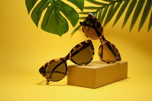 sunglasses tortoiseshell leaves
